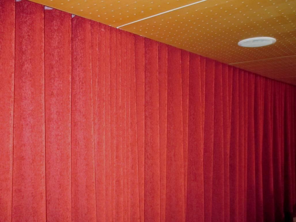 Ejemplo de cortinas opacas en barcelona